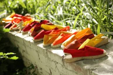 bright_summer_espadrilles-1024x682